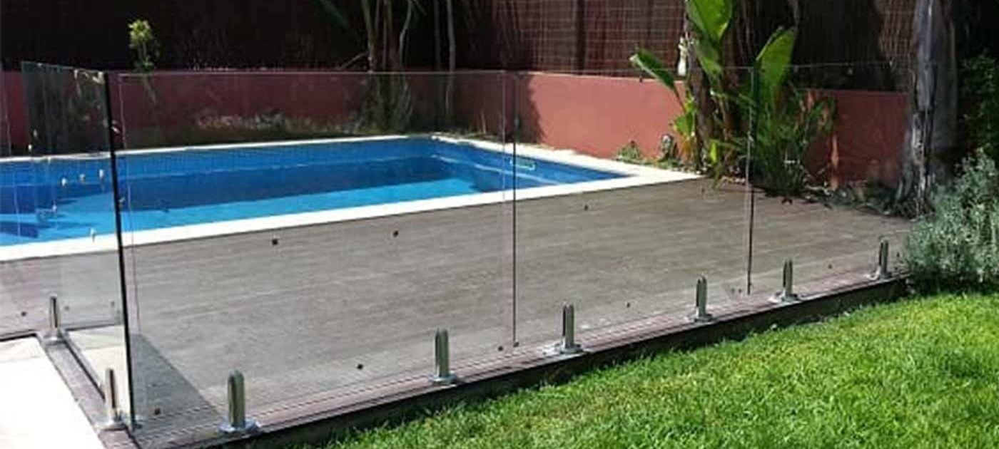 pool-protection-glass
